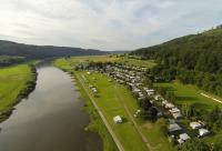 Campen direkt an der Weser