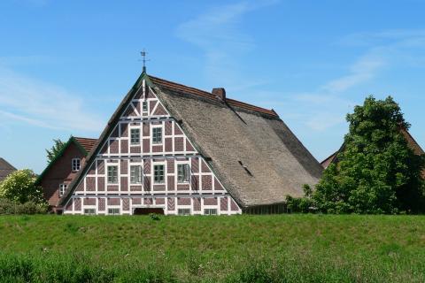 Alltlander Fachwerkhaus am Luhedeich